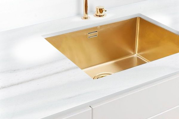 Acqua Marina Polished Kitchen Sink